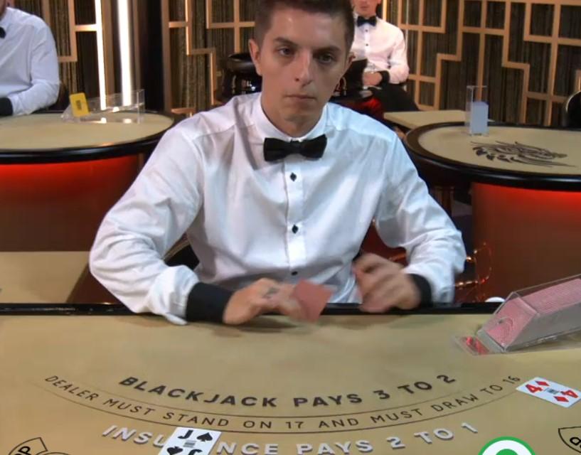 Blackjack online by Ezugi